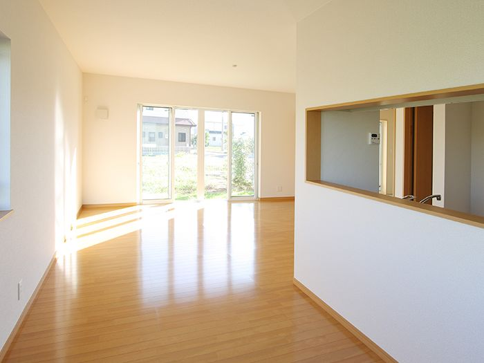 広々とした空き部屋